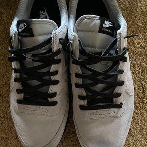 Men's shoes (size13)